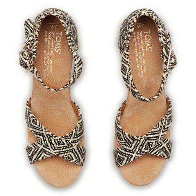 Černobílé dámské sandálky na klínku TOMS Woven Diamond